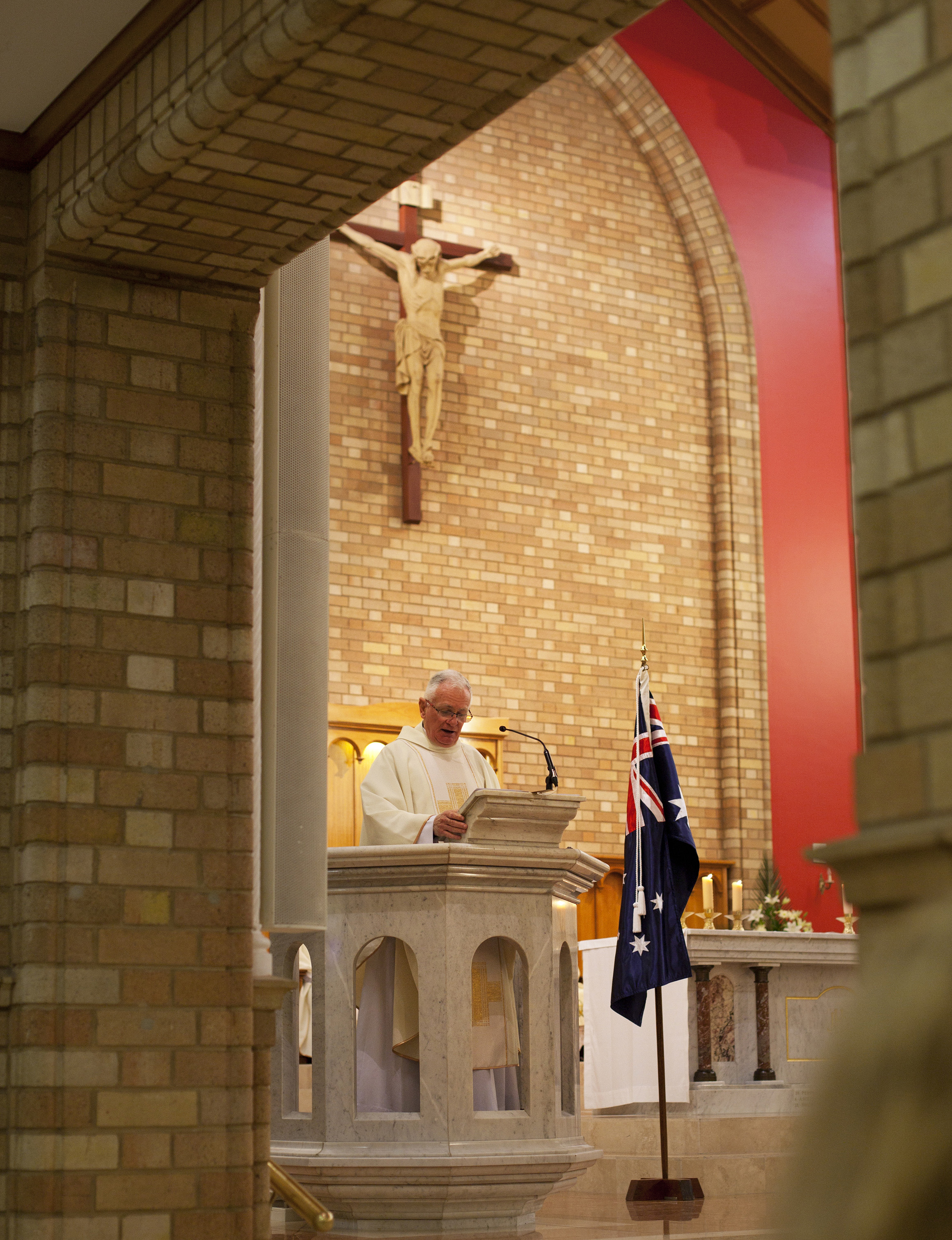 Anzac Day Mass, St Christopher\'s Cathedral, Canberra, 25 April 2017, Loui Seselja
